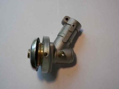 Редуктор нижний в сборе мотокосы BC/GBC-026/033/043 (26мм) под 9 зубьев.